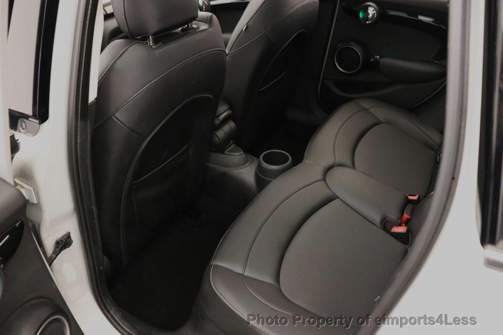 2015 MINI Cooper S Hardtop 4 Door CERTIFIED Cooper S 4 DOOR PANO Comfort Access - 18545378 - 49