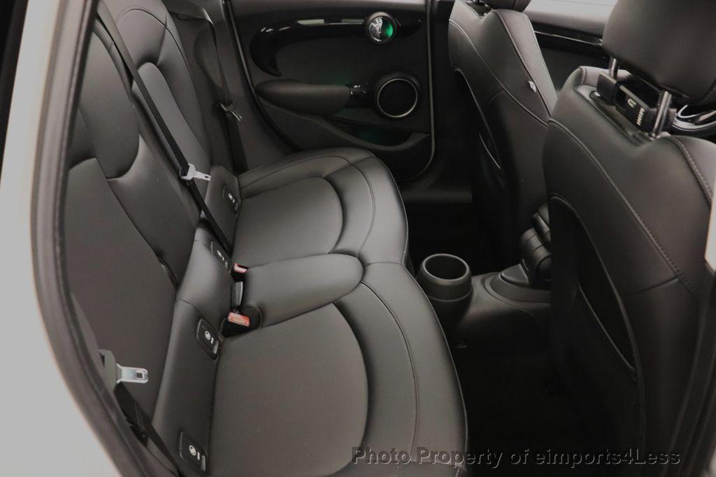 2015 MINI Cooper S Hardtop 4 Door CERTIFIED Cooper S 4 DOOR PANO Comfort Access - 18545378 - 50