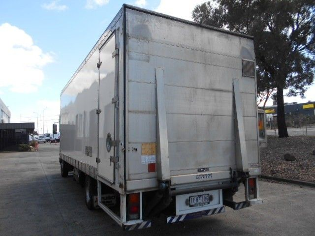2015 Mitsubishi Fighter pantech 4x2 - 18653990 - 5