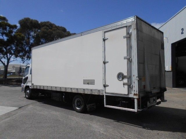 2015 Mitsubishi Fighter pantech 4x2 - 18653990 - 6