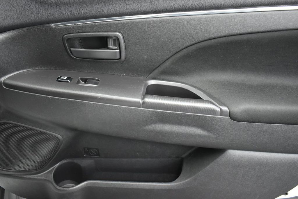 2015 Mitsubishi Outlander Sport  - 18689099 - 16