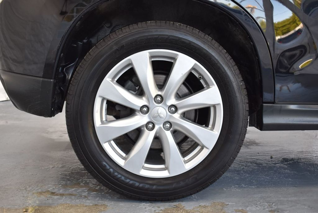 2015 Mitsubishi Outlander Sport 2WD 4dr CVT 2.4 ES - 18290860 - 9