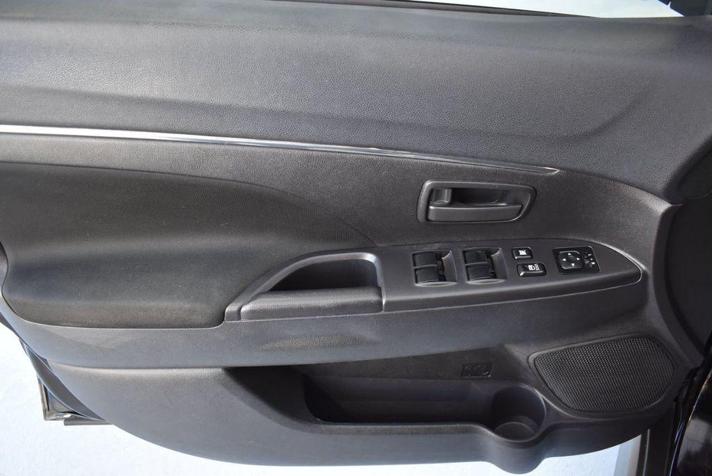 2015 Mitsubishi Outlander Sport 2WD 4dr CVT 2.4 ES - 18290860 - 13