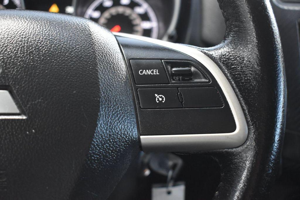 2015 Mitsubishi Outlander Sport 2WD 4dr CVT 2.4 ES - 18290860 - 18