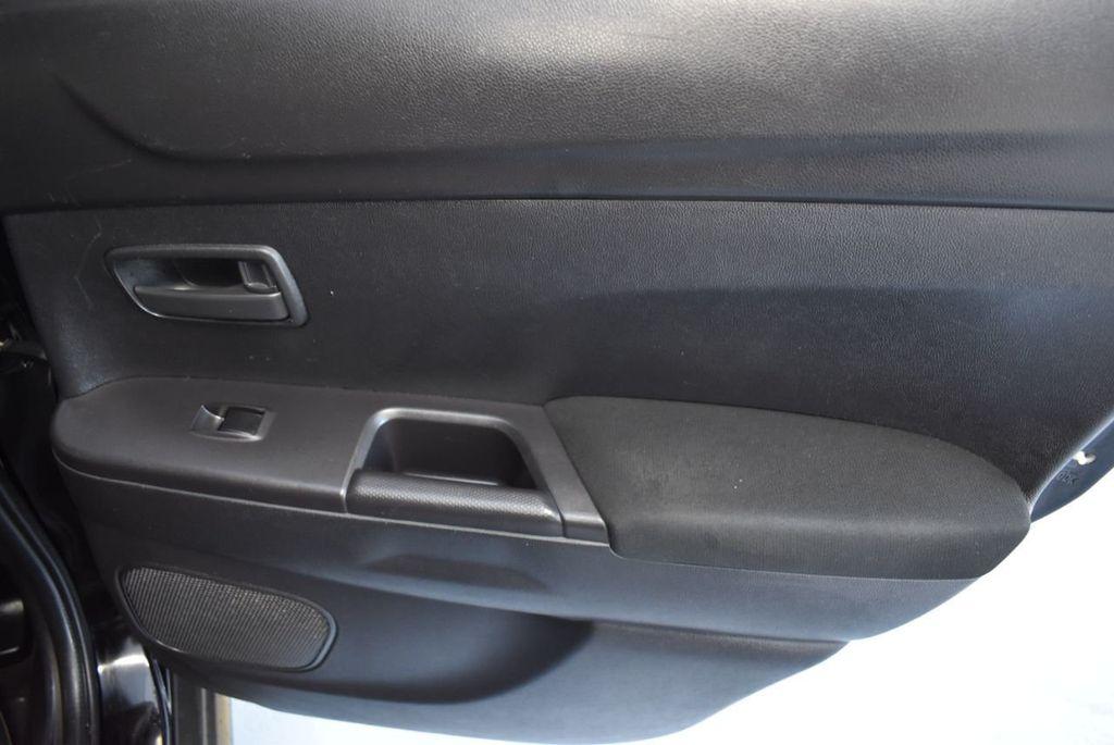 2015 Mitsubishi Outlander Sport 2WD 4dr CVT 2.4 ES - 18290860 - 23