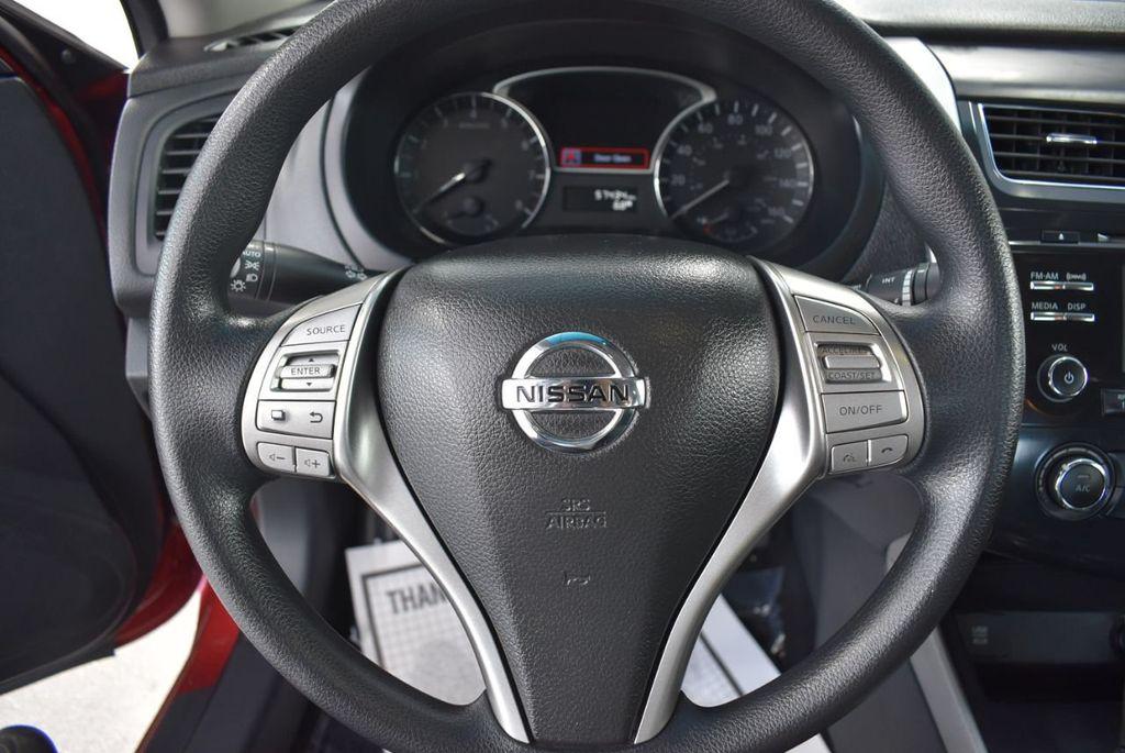 2015 Nissan Altima  - 18592296 - 19