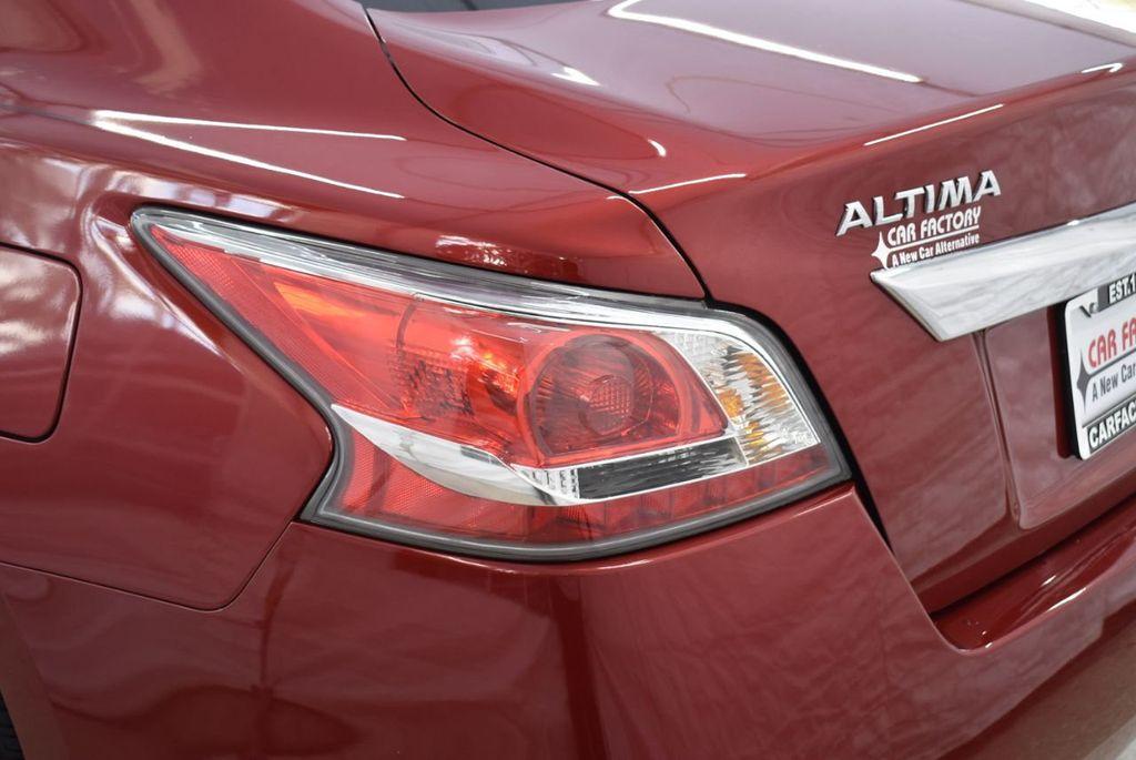 2015 Nissan Altima  - 18592296 - 4