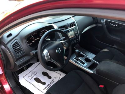 2015 Nissan Altima  - Click to see full-size photo viewer