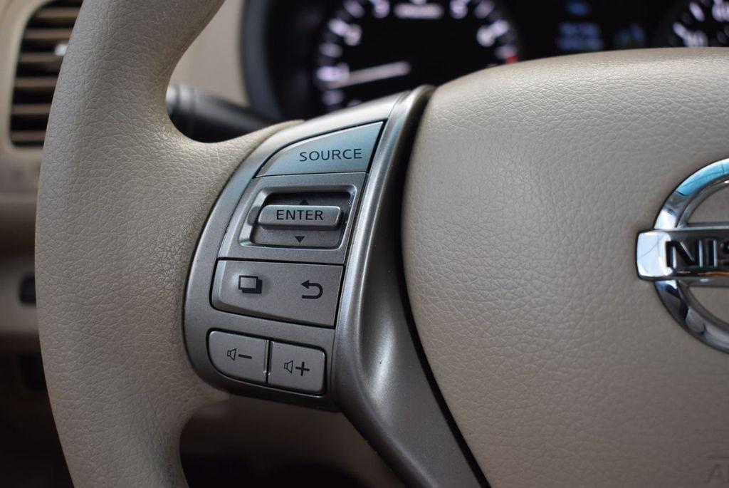 2015 Nissan Altima 4dr Sedan I4 2.5 S - 17965851 - 19