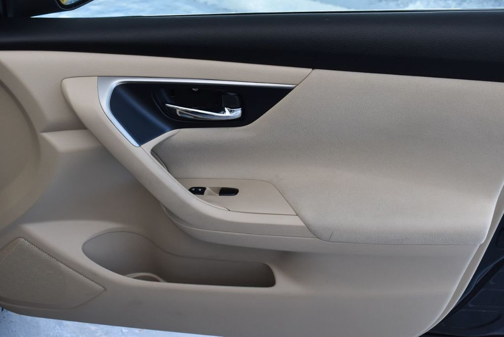 2015 Nissan Altima 4dr Sedan I4 2.5 S - 17965851 - 24