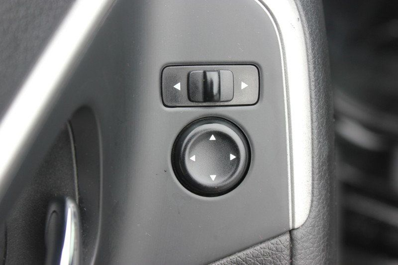 2015 Nissan Altima 4dr Sedan I4 2.5 SV - 18482314 - 25
