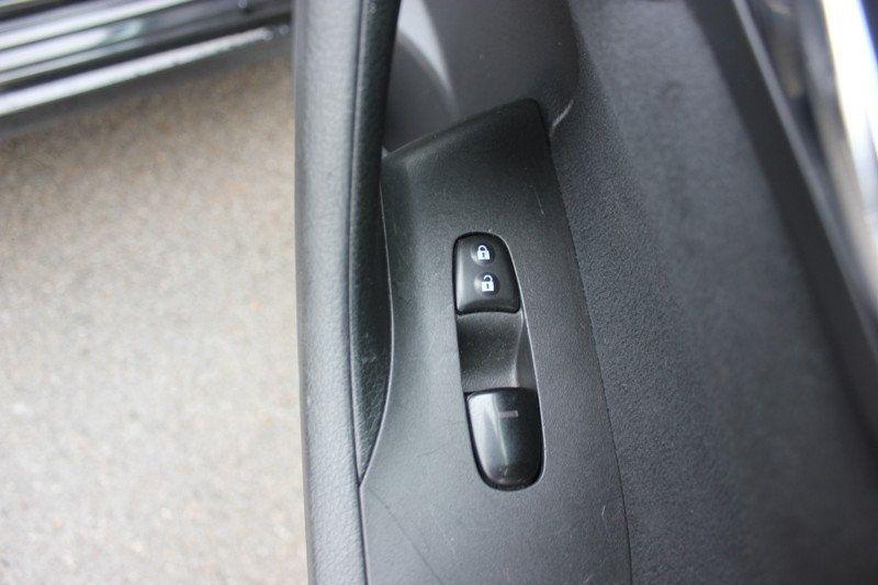 2015 Nissan Altima 4dr Sedan I4 2.5 SV - 18482314 - 27