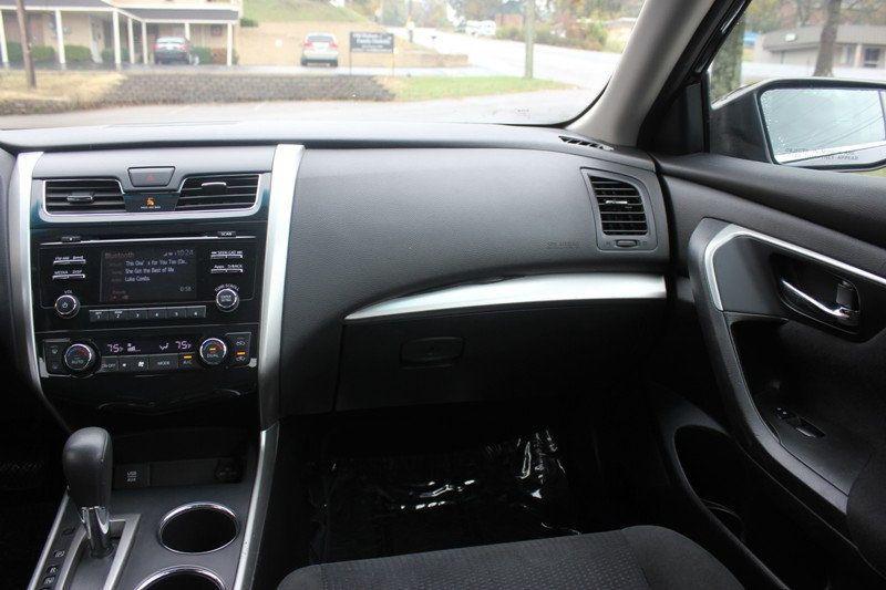 2015 Nissan Altima 4dr Sedan I4 2.5 SV - 18482314 - 6
