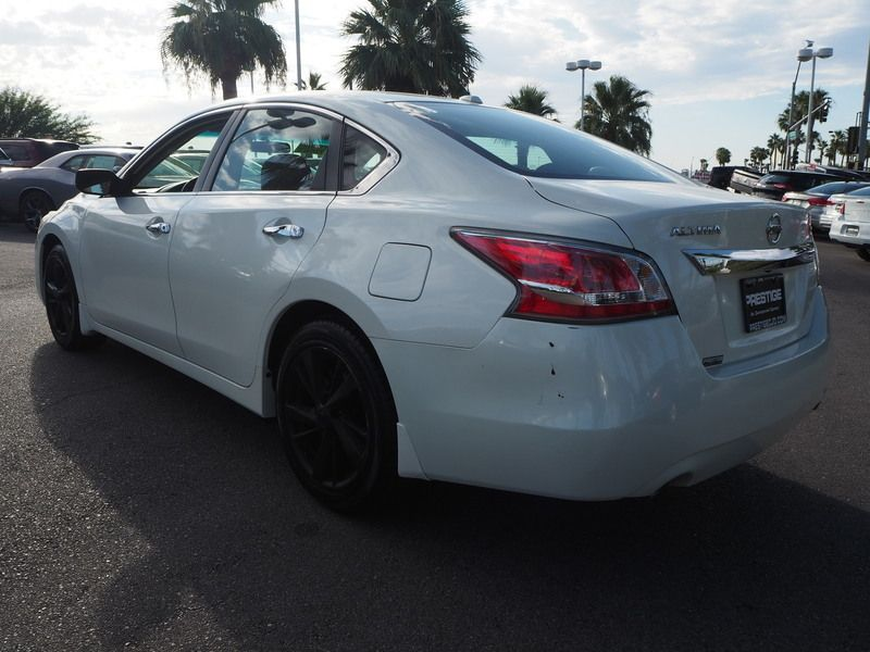 2015 Nissan Altima 4dr Sedan I4 2.5 SV - 17876598 - 9