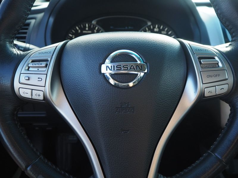 2015 Nissan Altima 4dr Sedan I4 2.5 SV - 17876598 - 18