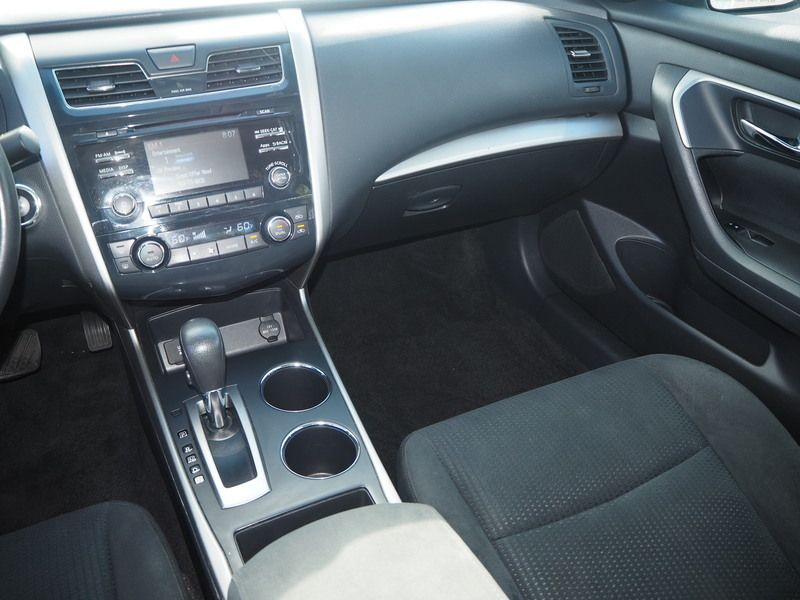 2015 Nissan Altima 4dr Sedan I4 2.5 SV - 17876598 - 7