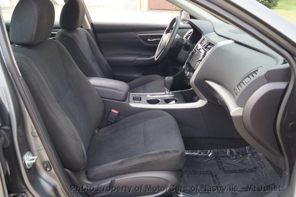 2015 Nissan Altima 4dr Sedan I4 2.5 SV w/Tech Pkg *Nav* - 18215028 - 22