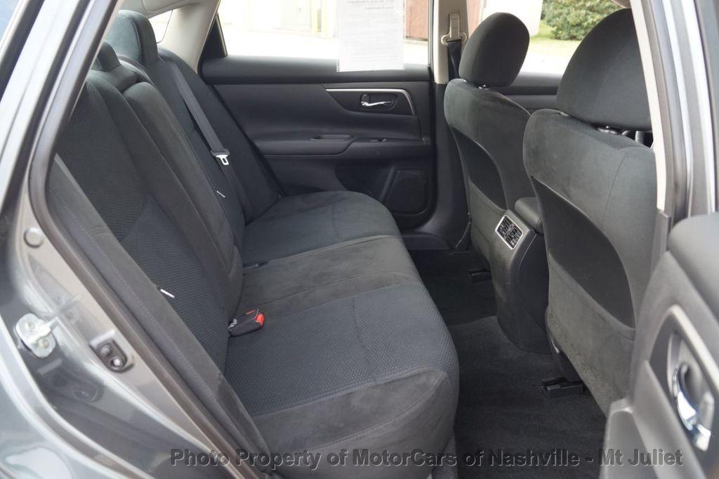 2015 Nissan Altima 4dr Sedan I4 2.5 SV w/Tech Pkg *Nav* - 18215028 - 24