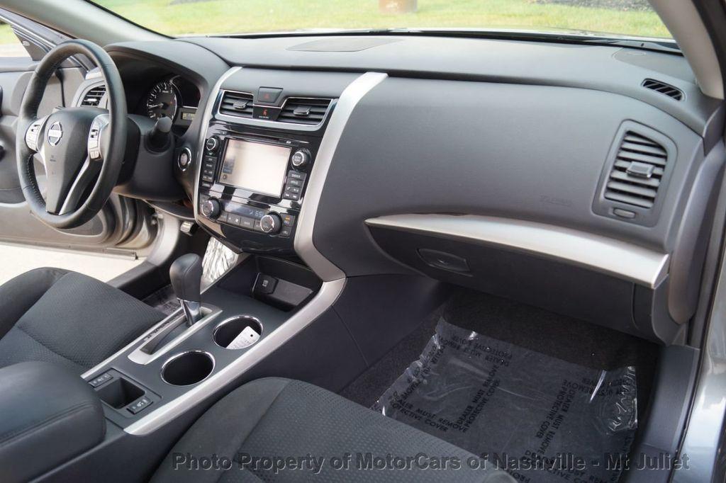 2015 Nissan Altima 4dr Sedan I4 2.5 SV w/Tech Pkg *Nav* - 18215028 - 26