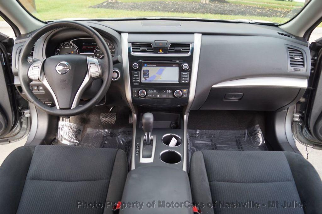 2015 Nissan Altima 4dr Sedan I4 2.5 SV w/Tech Pkg *Nav* - 18215028 - 27