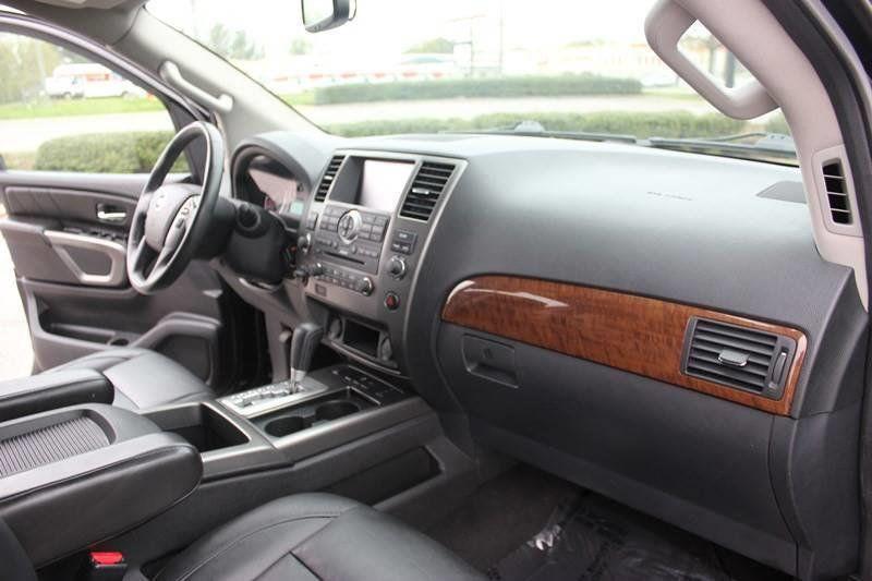 2015 Nissan Armada 4WD 4dr SL - 17931552 - 36
