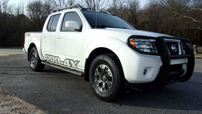 2015 Nissan Frontier 4WD Crew Cab SWB Automatic PRO-4X Truck