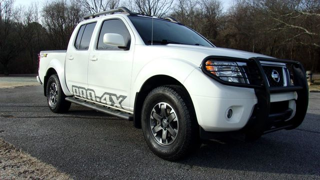 2015 Nissan Frontier 4WD Crew Cab SWB Automatic PRO-4X