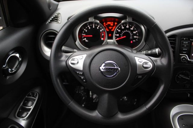 2015 Nissan JUKE AWD S  - Click to see full-size photo viewer