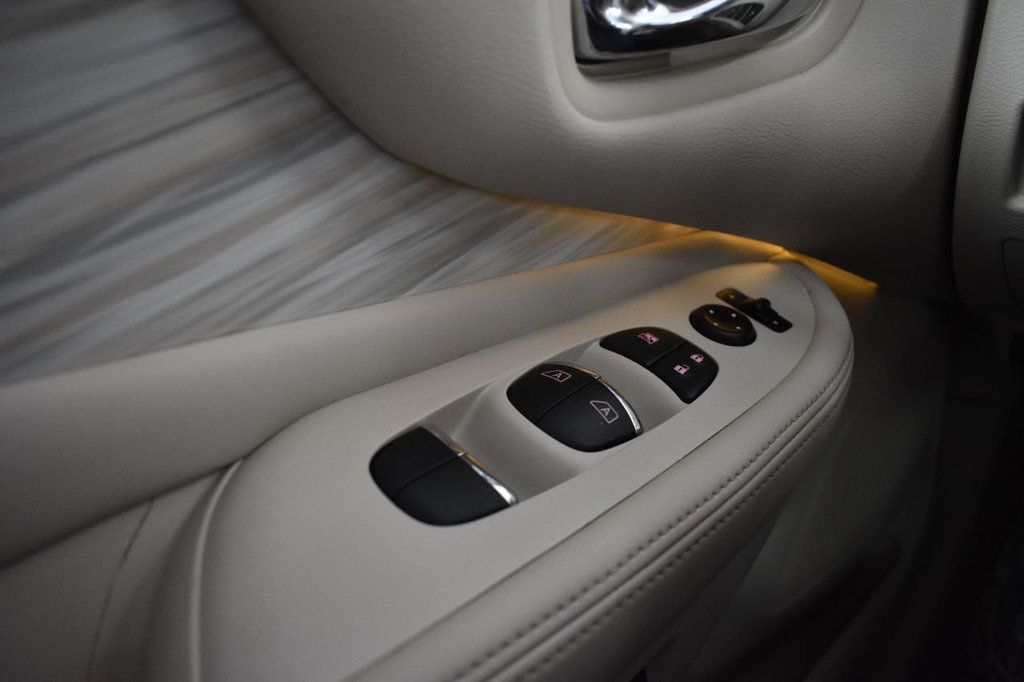 2015 Nissan Murano AWD 4dr Platinum - 18600339 - 28