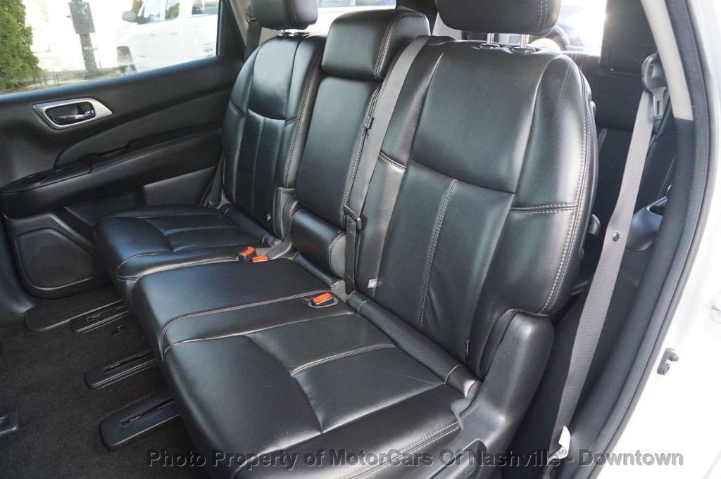2015 Nissan Pathfinder SL w/Tech Pkg - 18657997 - 17