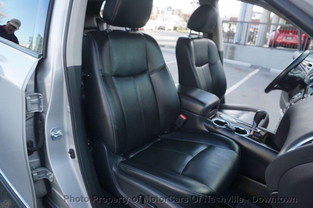2015 Nissan Pathfinder SL w/Tech Pkg - 18657997 - 23