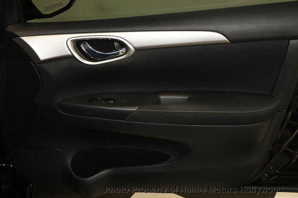 2015 Nissan Sentra  - 17724913 - 12