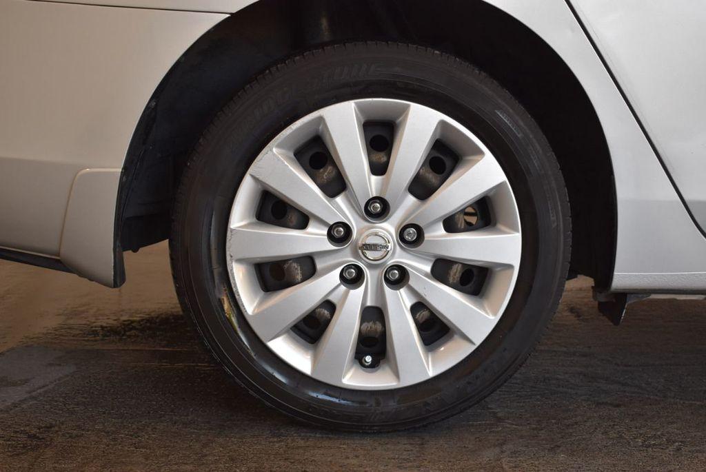 2015 Nissan Sentra S - 18319323 - 9