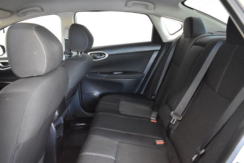 2015 Nissan Sentra S - 18319323 - 12