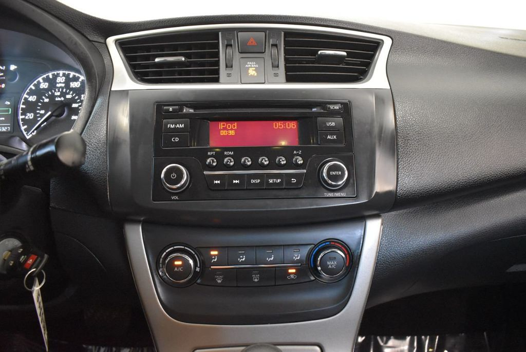2015 Nissan Sentra S - 18319323 - 20