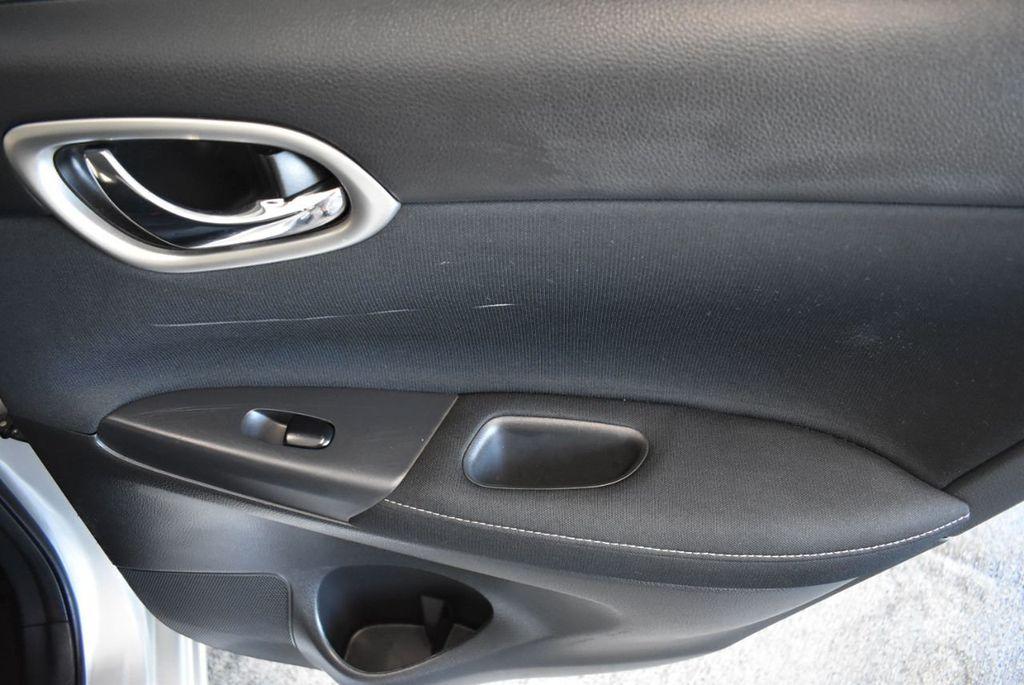 2015 Nissan Sentra S - 18319323 - 25