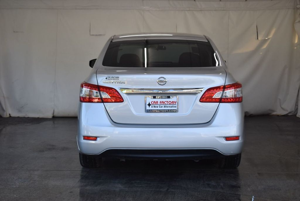 2015 Nissan Sentra S - 18319323 - 7