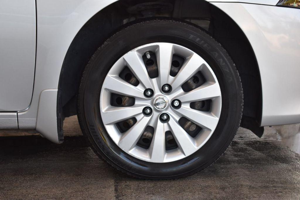 2015 Nissan Sentra S - 18319323 - 8