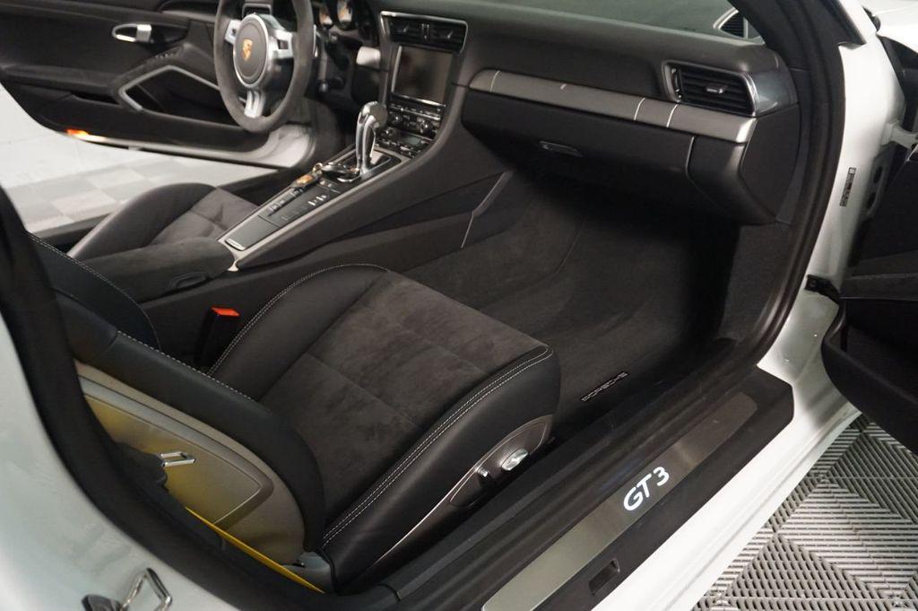 2015 Porsche 911 2dr Coupe GT3 - 18253303 - 16