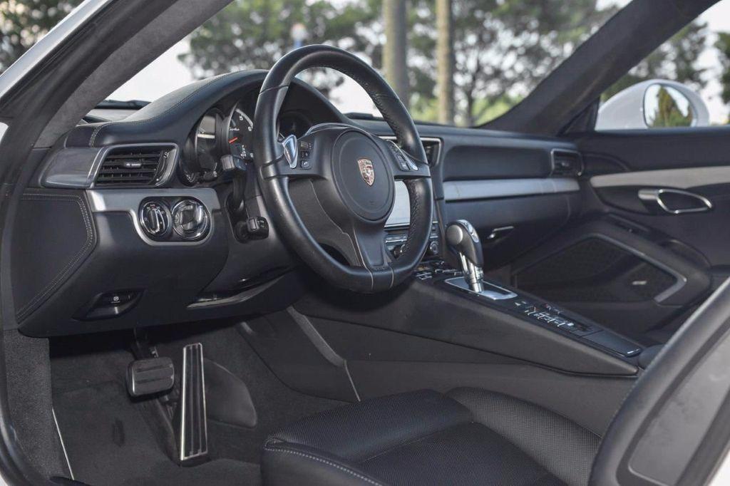 2015 Porsche 911 911 TURBO - 16729764 - 12