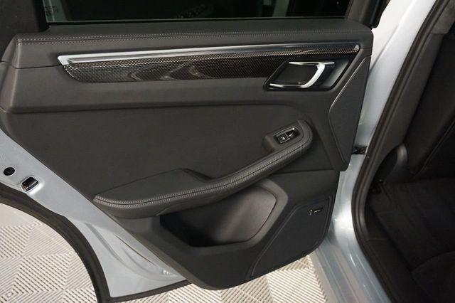 2015 Porsche Macan AWD 4dr Turbo - 17760311 - 10