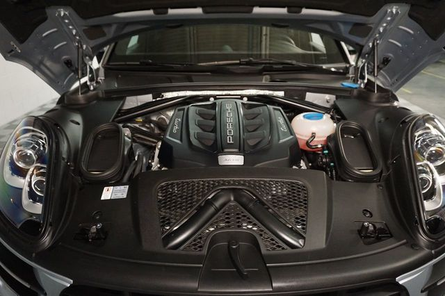 2015 Porsche Macan AWD 4dr Turbo - 17760311 - 14