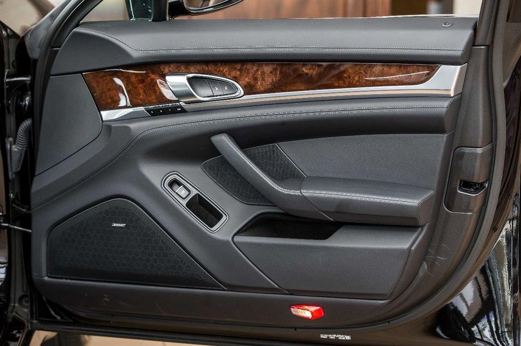 2015 Porsche Panamera Turbo S - 17851358 - 25