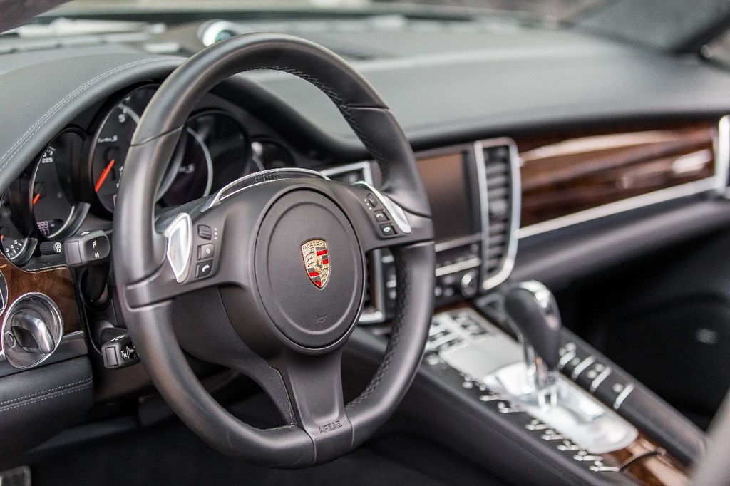 2015 Porsche Panamera Turbo S - 17851358 - 35