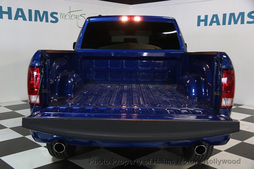 """2015 Ram 1500 2WD Quad Cab 140.5"""" Express - 17160508 - 9"""