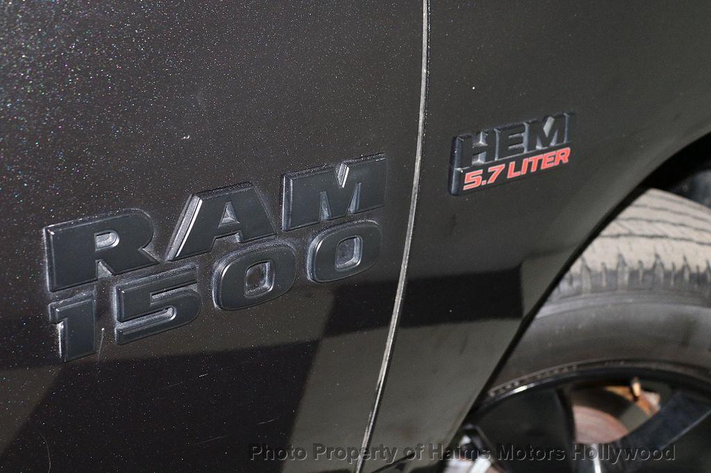 """2015 Ram 1500 4WD Crew Cab 140.5"""" Express - 18382897 - 8"""