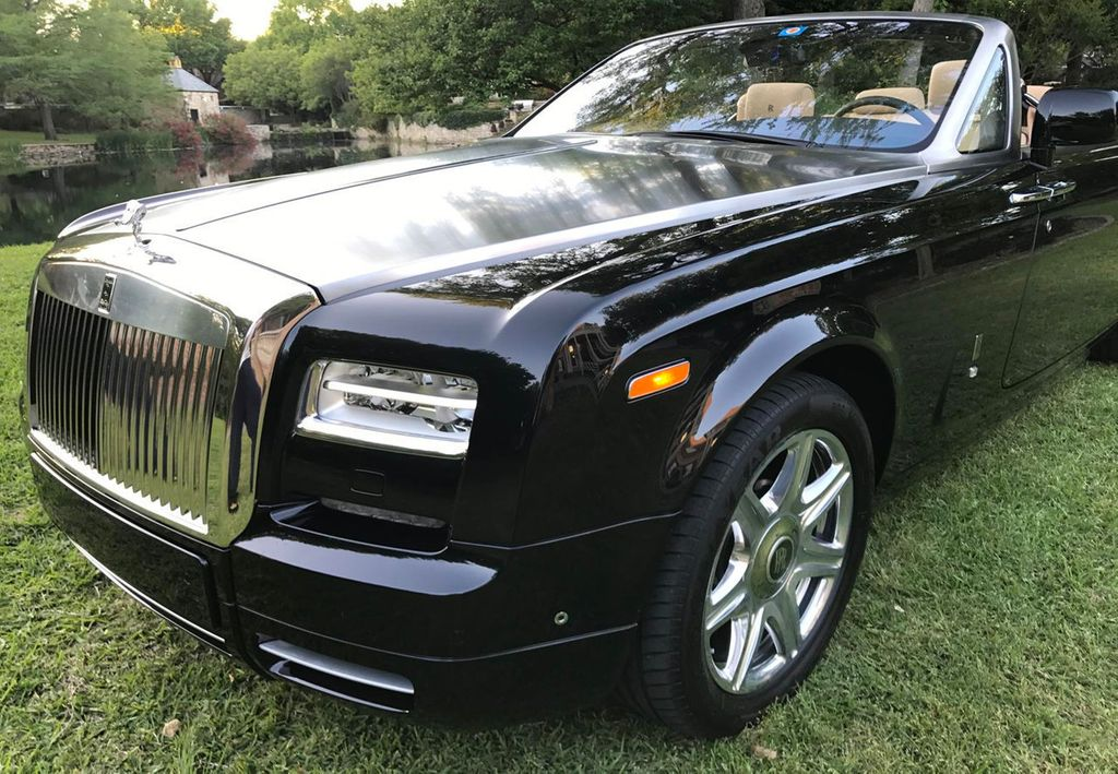 2015 used rolls royce phantom coupe 2dr drophead at find. Black Bedroom Furniture Sets. Home Design Ideas