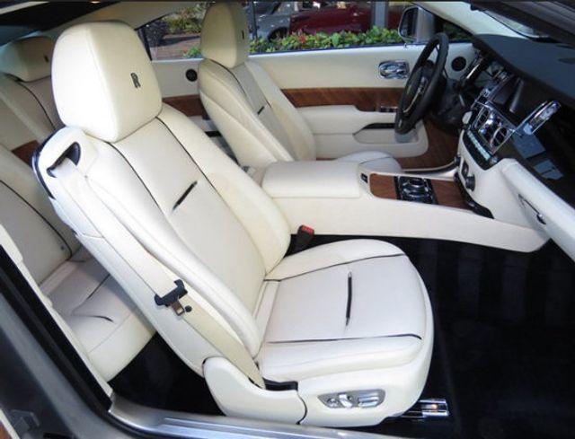 2015 Rolls-Royce Wraith 2dr Coupe - 16331521 - 30