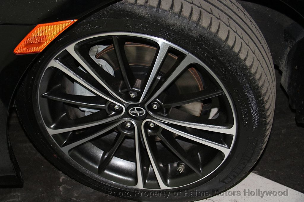 2015 Scion FR-S 2dr Coupe Automatic - 18024551 - 22