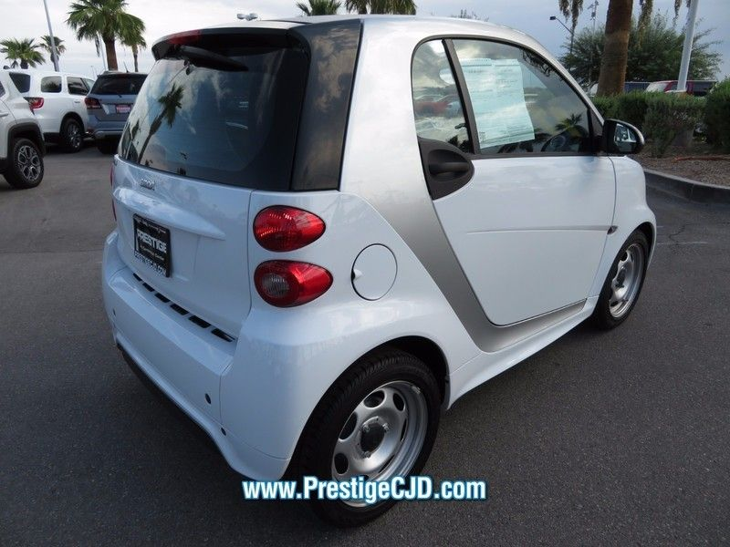 2015 smart Fortwo 2dr Coupe Pure - 16759374 - 4